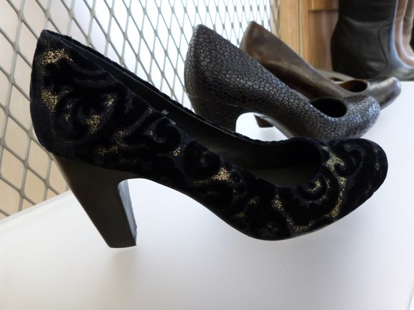 born shoes fall