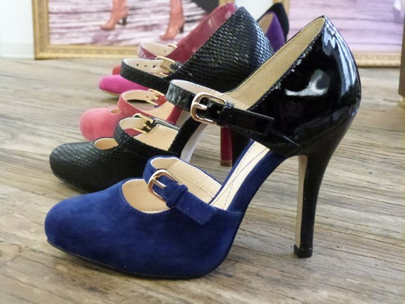 isola shoes