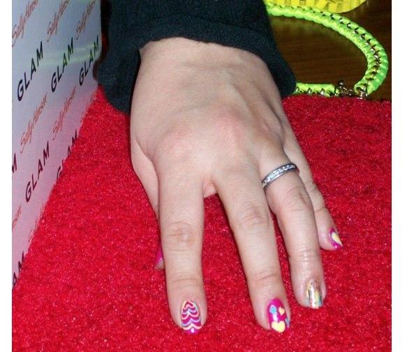 sally hansen nail art 3-1