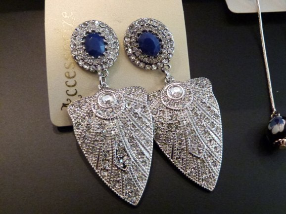 acccessorize encrusted sapde earrings