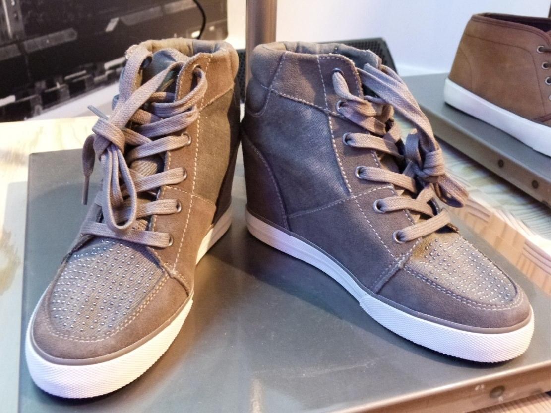aeo sneakers