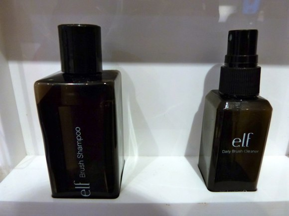 elf brush shampoo