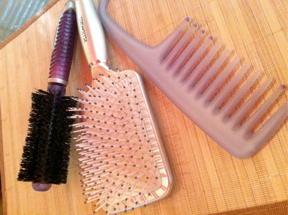 brushes to clean DIY