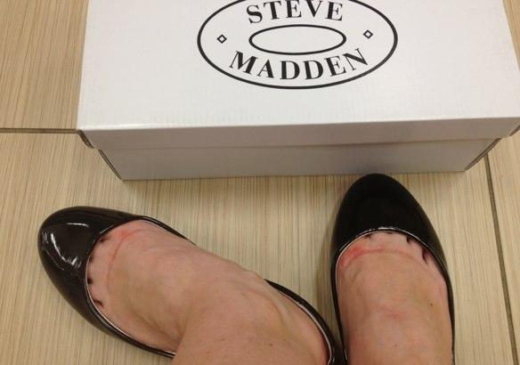 steve madden famous footwear