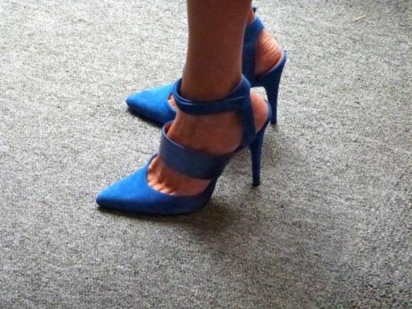 shoegoer feet
