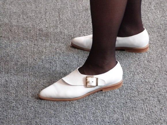 showgoer feet -3