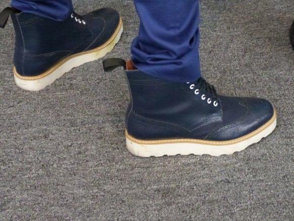 showgoer feet