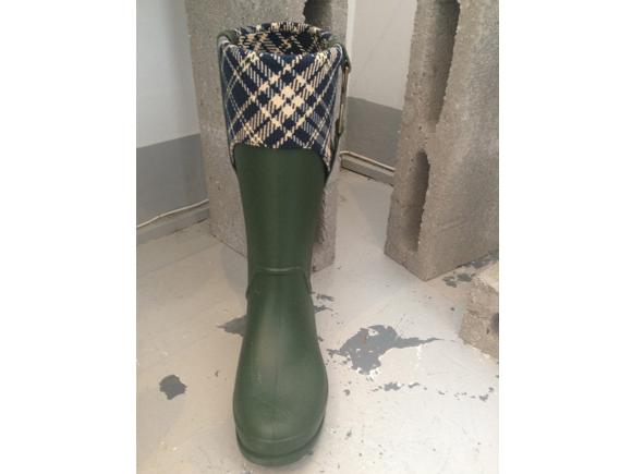 crocs rain boots