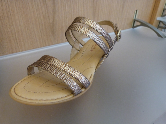 crown by born flat sandals