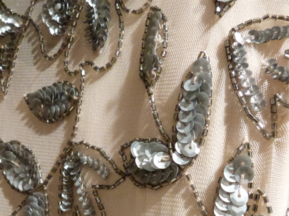 detailed close up Adrianna Papell fall 2014