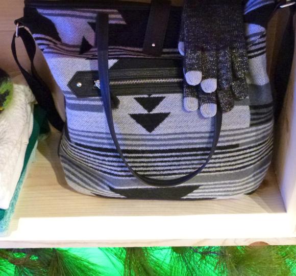 AEO holiday 2014 handbag