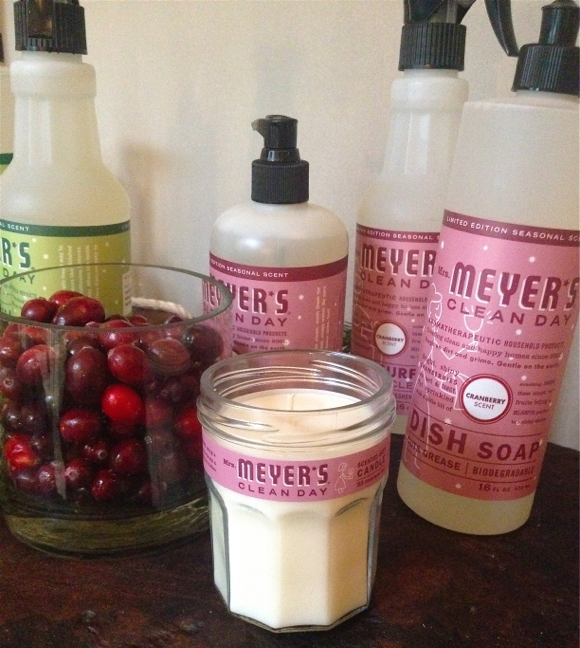mrs meyer_s holiday cranberry scent