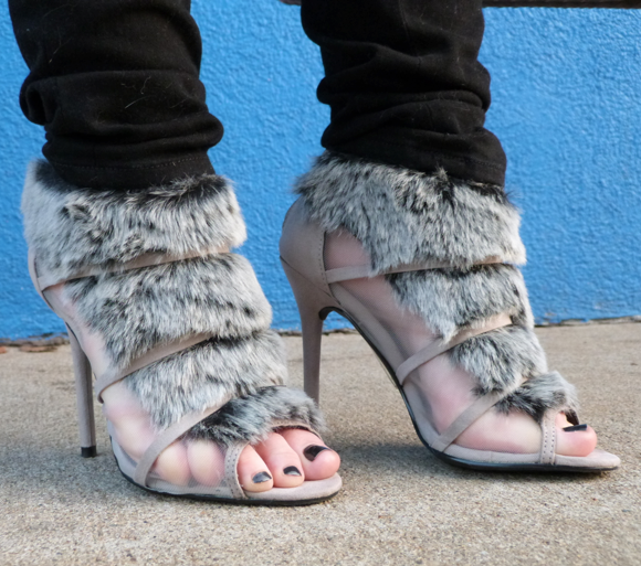 shoedazzle fur heels