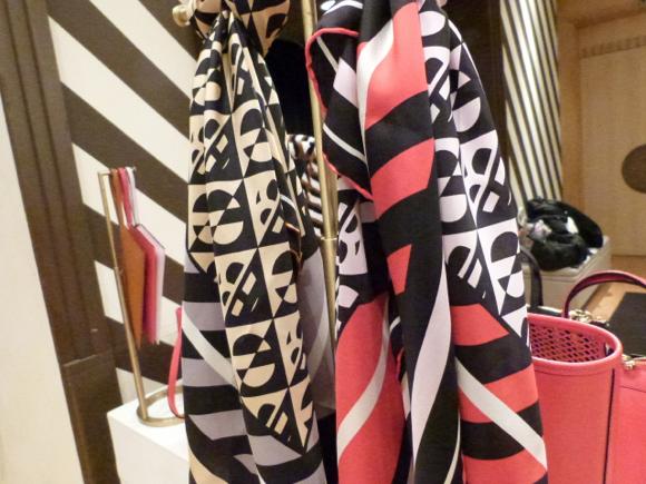 henri bendel scarf spring 2015