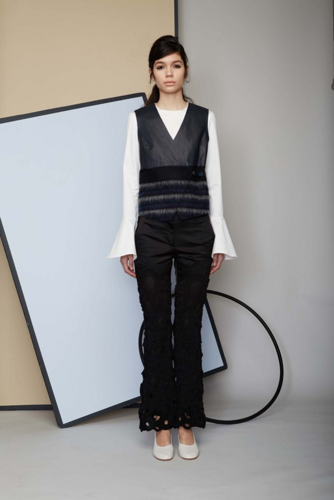 fca73c8997ce7 NYFW Fall 2016 Trend Report  For Whom The Bell (Sleeve) Tolls