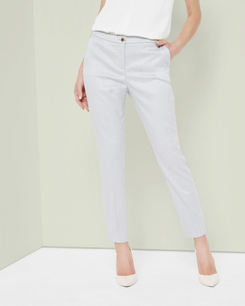 Eiraat Textured Skinny Pants