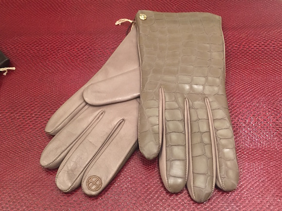 Henri Bendel Gloves fall 2016