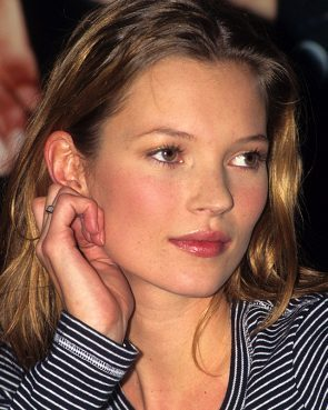 Glossy Lips on Kate Moss